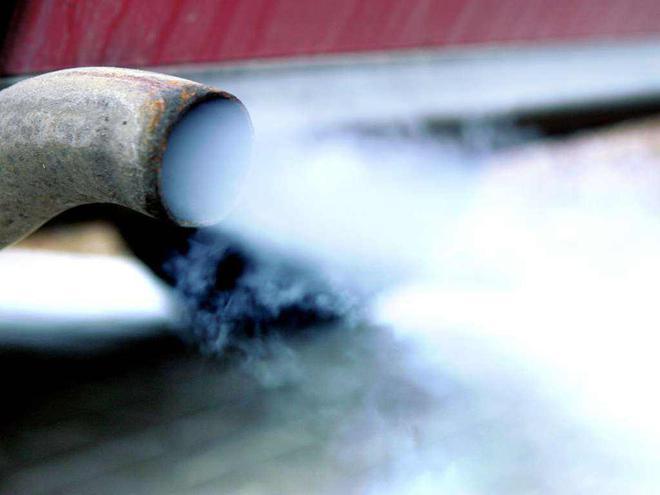 因油耗排放不符合标准,工信部对3家企业行政处罚